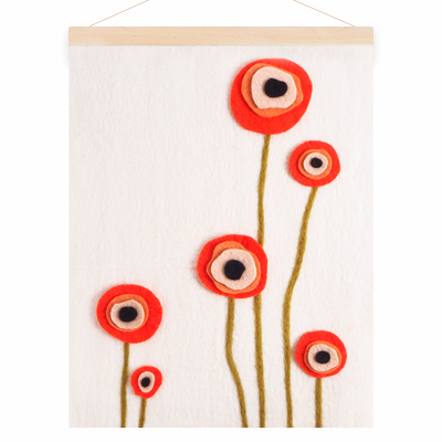 Poster in wool with a motive of red poppy flowers.