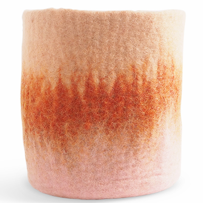 Extra large flower pot made of wool in pink - coral - terracotta with an ombre effect.
