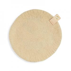 Round seat cushion in sand wool with a hanger in eco leather.