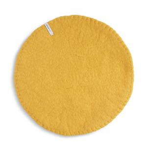 Seat cushion in wool with a stitched edge, color ochre.