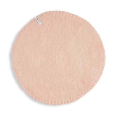Seat cushion in wool with a stitched edge, color nude.