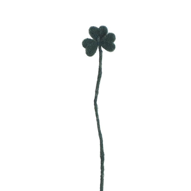 Cut flower made in wool - dark green clover.