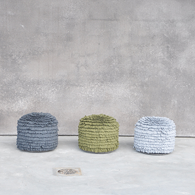 Handmade pouf in 100% wool