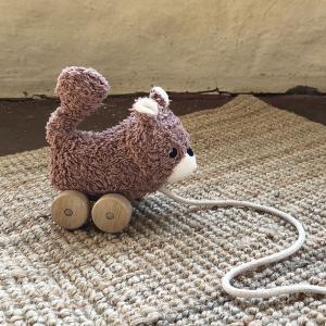 Mingus brown squirrel pull toy