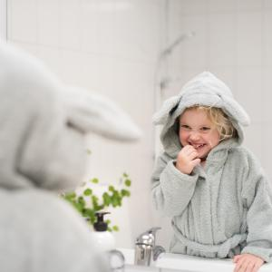 Bath robe rabbit silver grey 110/116 GOTS
