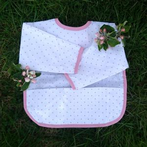 Bib with sleeves white/pink dotty