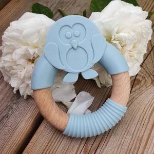 Teether penquin pastel blue