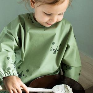 Dirt green apron