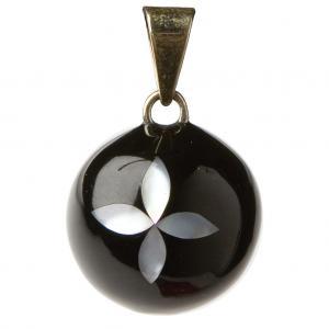 Bola black flower