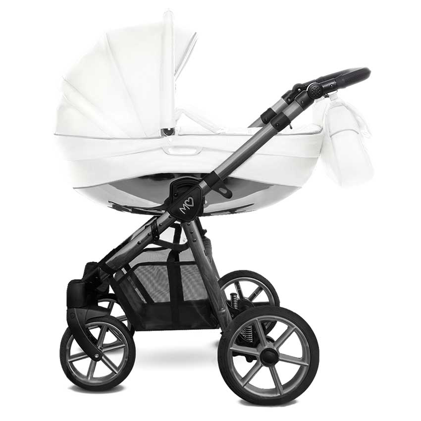 Mommy Glossy White barnvagn 04