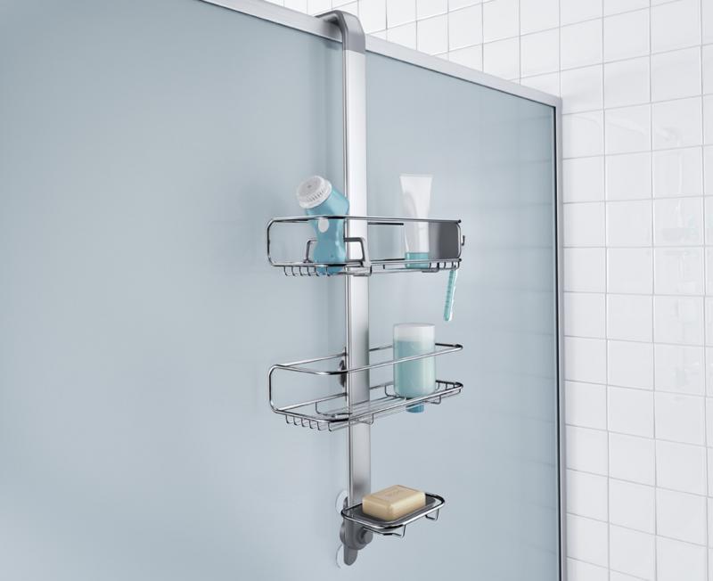 Simplehuman BT1101 duschhylla för montering på duschvägg. Höj och sänkbara trådkorgar som även kan skjusteras i sidled gör det enkelt att placera flaskor och burkar som man vill. Försedd med flera krokar och avdelare