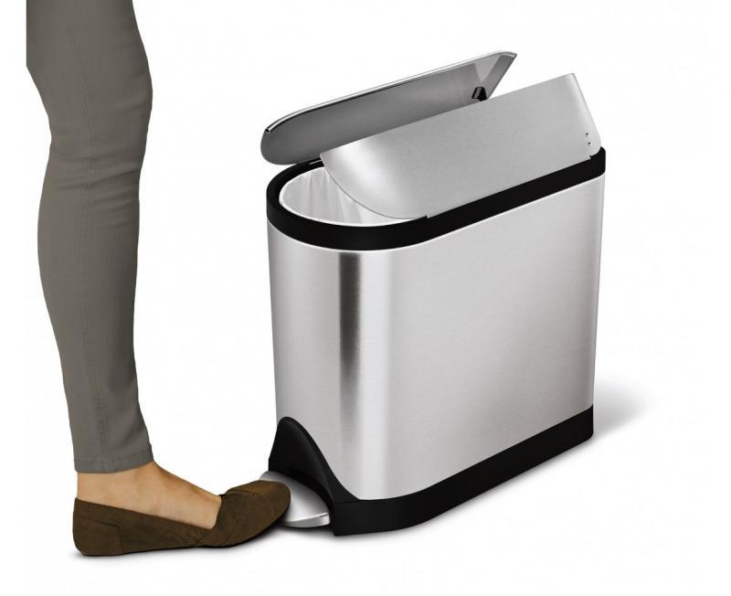 Simplehuman CW1899 pedalhink som på 10 liter som tar liten plats