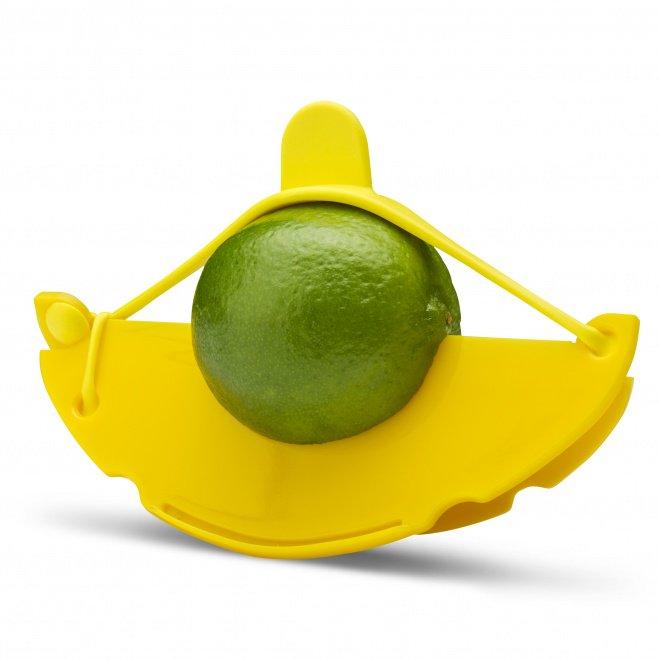 Dreamfarm Savel gul. Bevarar din frukt eller grönsak. Köp den på battreordning.se