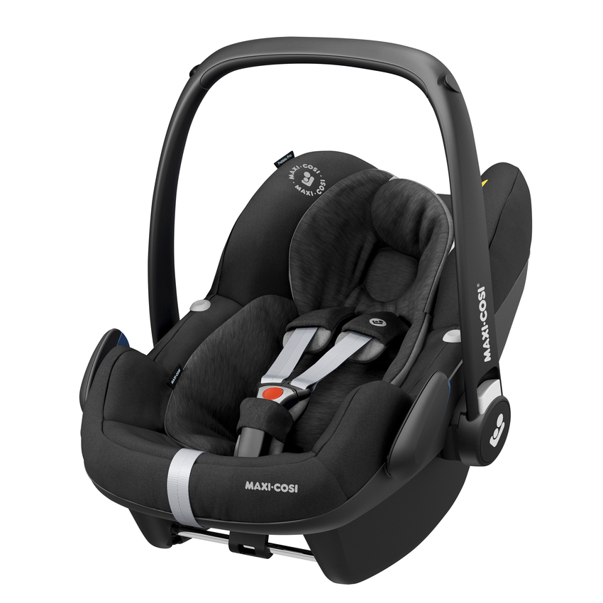 Maxi Cosi Pebble Pro i-Size Essential black