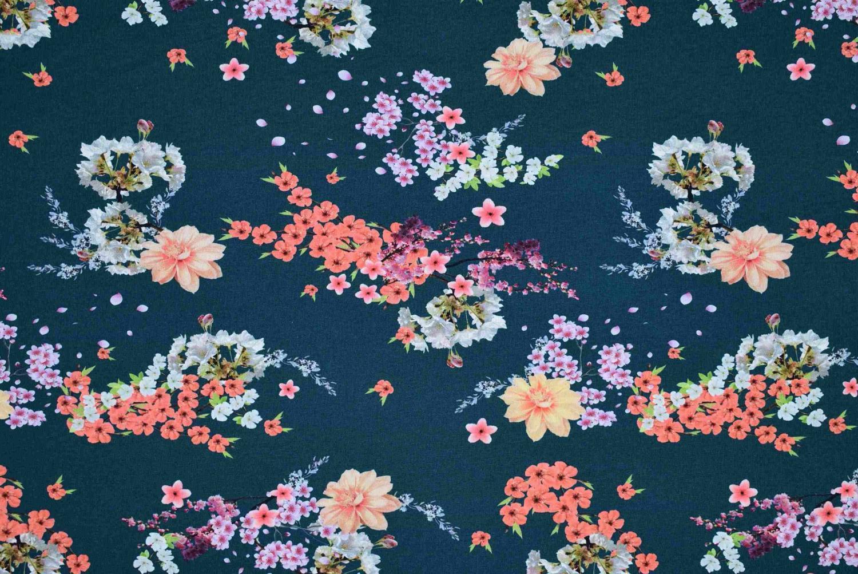 Blommor blå botten