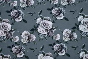 Rosor på grå botten