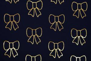 Mörkblå med guldfolierosetter