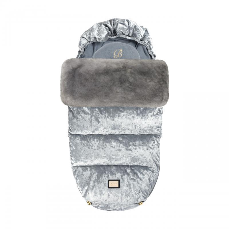 Snygga och kvalitativa åkpåsar till ditt barn och barnvagn i silver