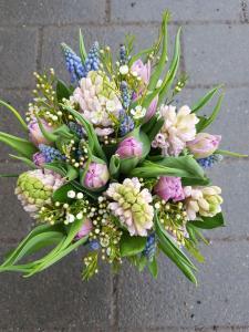 Hyacinter och tulpaner.