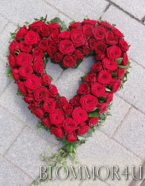 Öppet hjärta med rosor