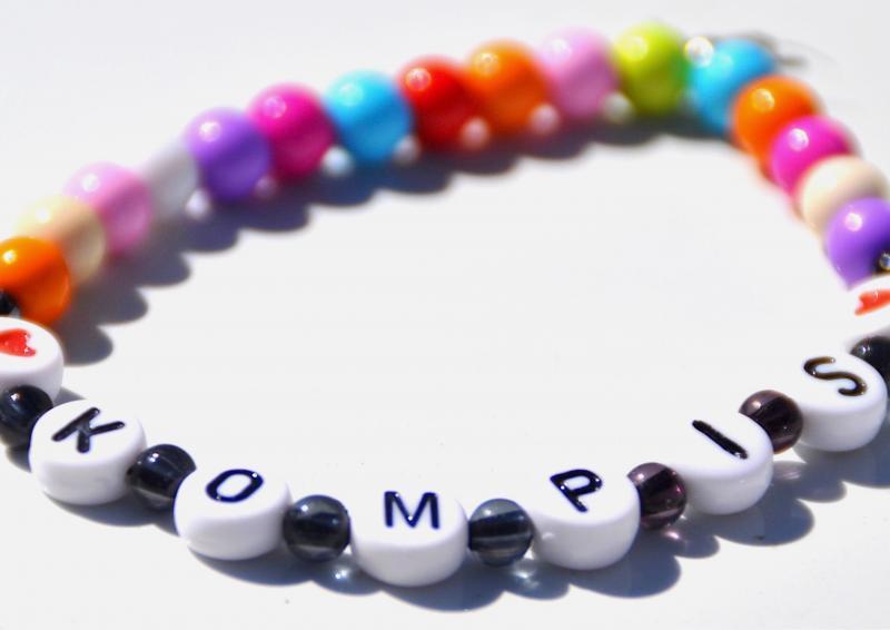 Pärlor till kompisarmband