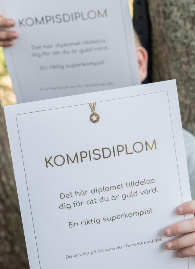 25 st kompisdiplom med guldtext