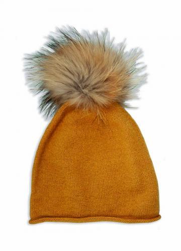 Lunne Hat, Raccoon Pom Pom