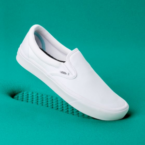 Ua Comfycush Slip-On (Classic) True White/True