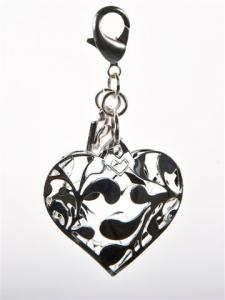 Silverfärgat hjärta