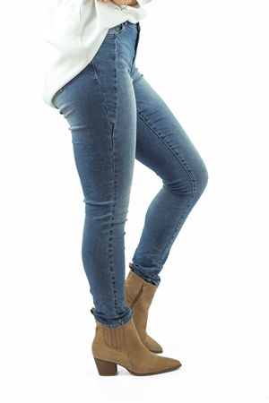 Canyon Jeans Blue Denim - Capri Collection
