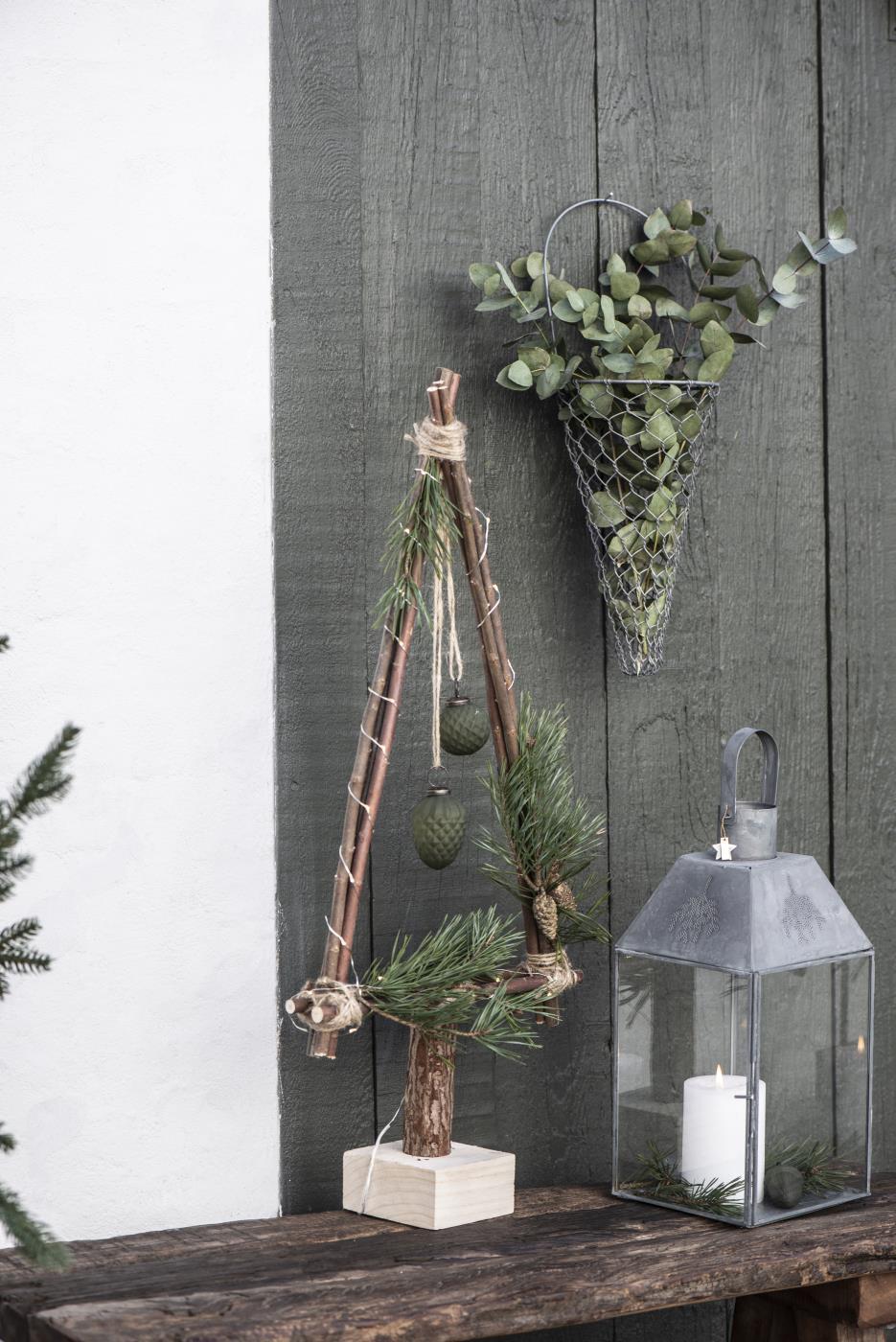 Julgran i trä, IB Laursen