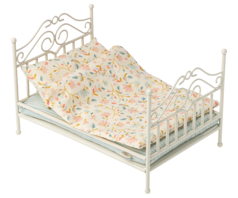 Maileg, Vintage säng micro - soft sand