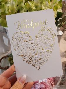 Till Brudparet (guldhjärta), kort från Pictura