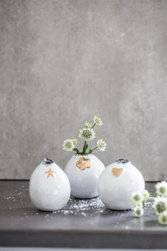 Söt liten vas- blomma (Läkare utan gränser)