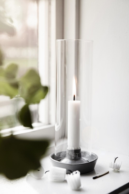 ERNST Ljusstake/ljuslykta, stengods med glas, mörkgrå