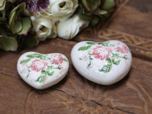 Chic antique, Hjärta med rosor - dia 8,5 cm