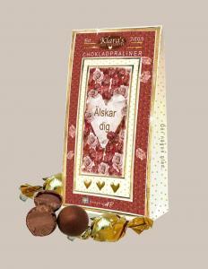 Älskar dig - chokladpraliner i vacker ask (hjärta och rosor)