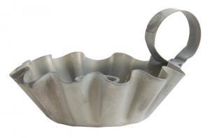 Ljusstake i musselform med hank, zink - Ib Laursen