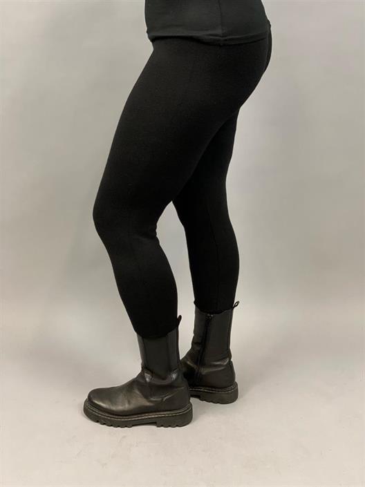 Stickade leggings, Svart (Timea) - Mix by Heart