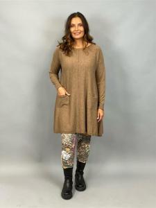 Stickad klänning med fickor, Brun (Alina) - Mix by Heart