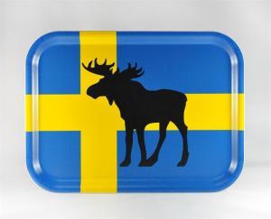 Bricka: Älg på svenska flaggan - Mellow Design (rektangulär)