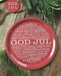 Bricka: GOD JUL (röd med julinspirerande ord) - Mellow Design (rund)