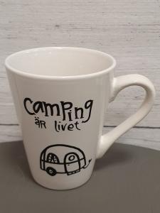 Camping är livet- Mugg från Lyckliga L8
