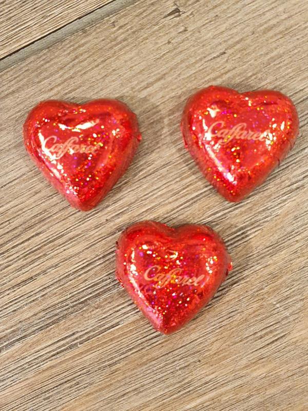 Chokladhjärtan med kärleksmeddelanden (3 st för 10:-)