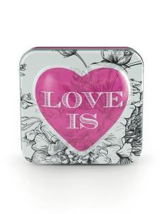 Hjärtformad tvål i plåtburk (Love is) 150g