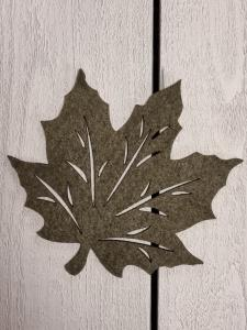Löv i filtad känsla, Grön - 12,5 cm