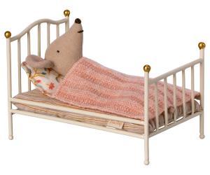 Vintage bed Mouse, off white - Maileg    KOMMER I SEP/OKT