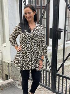 MARY Tunika med leoprint, beige - Mix by Heart