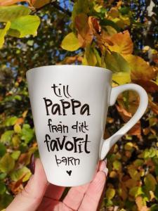 Till pappa från ditt favoritbarn - Mugg från Lyckliga L8