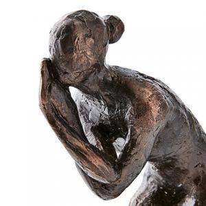 Pose, staty i antik bronsfinish (Kvinna med korsat ben) - Affari